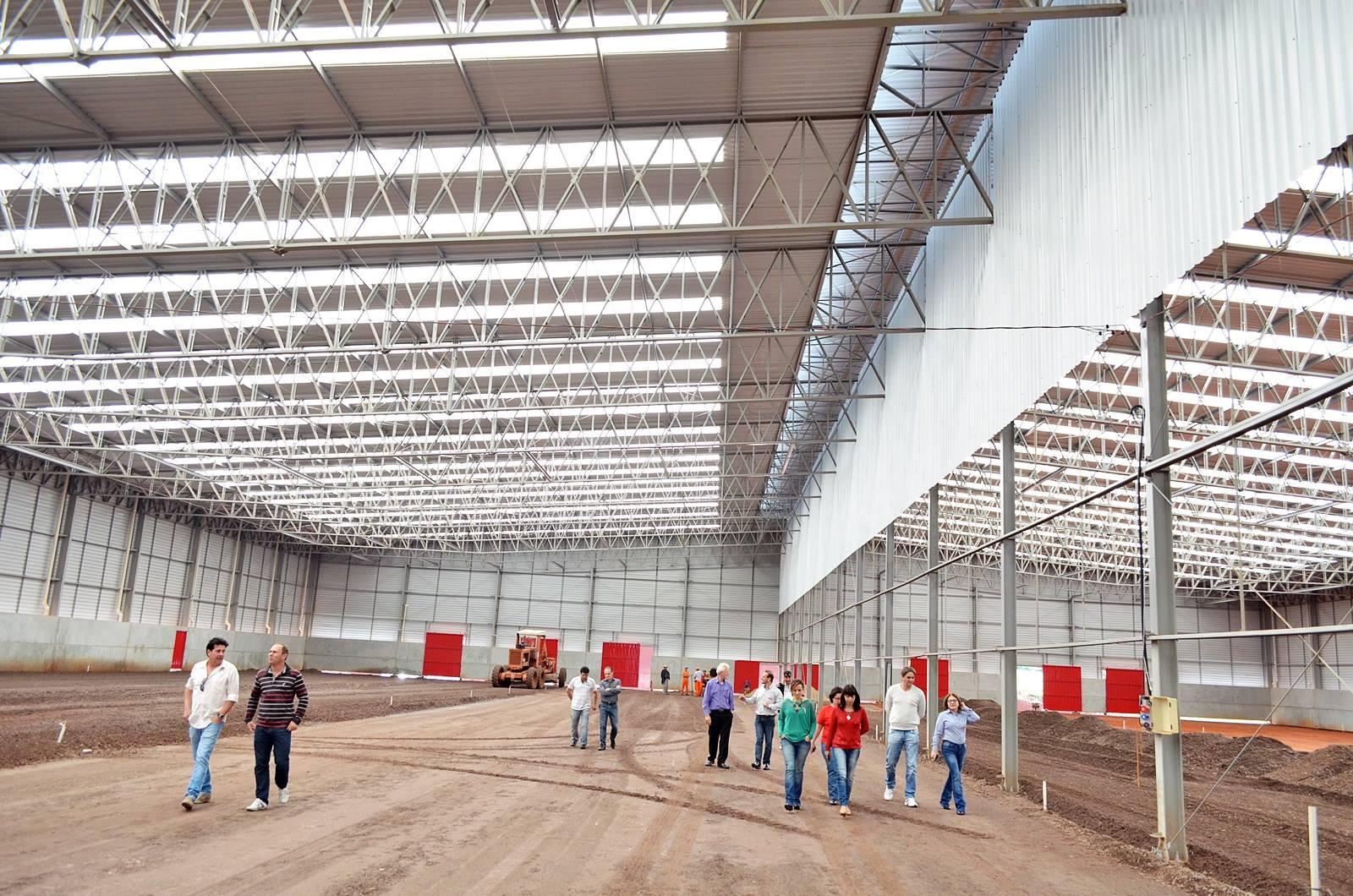 Vereadores visitam obra do complexo  da Madebal e Imobal em São Miguel do Oeste-SC