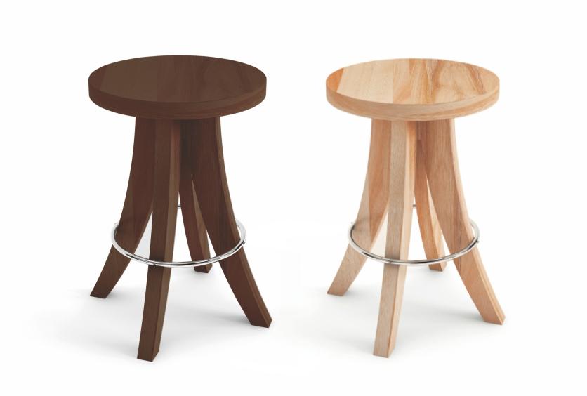 Banqueta baixa com assento em madeira