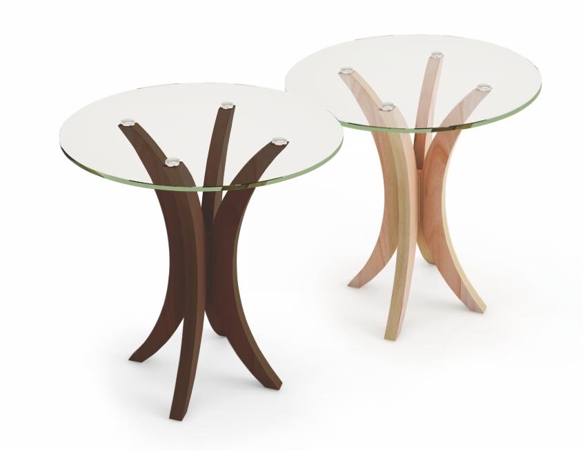 Mesa lateral baixa com tampo em vidro incolor